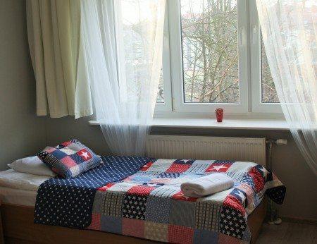 hotel-dom-polonii-ostroda-tanie-noclegi-na-mazurach-pokoje-10-450x346 Galeria - Dom Polonii i miasto Ostróda