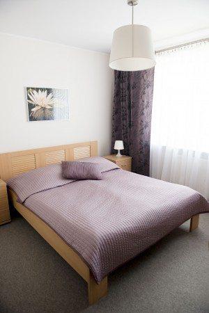hotel-dom-polonii-ostroda-tanie-noclegi-na-mazurach-pokoje-7-1-300x450 Galeria - Dom Polonii i miasto Ostróda