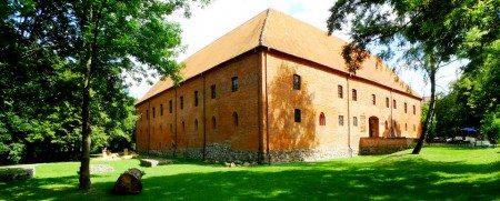 mazury-ostroda-nocleg-konferencje-przyjecia-wesela-39-450x181 Galeria - Dom Polonii i miasto Ostróda