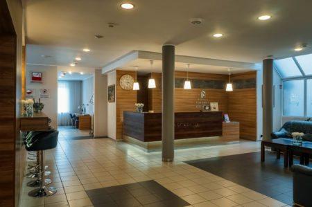 recepcja-i-lobby-450x299 Galeria - Dom Polonii i miasto Ostróda