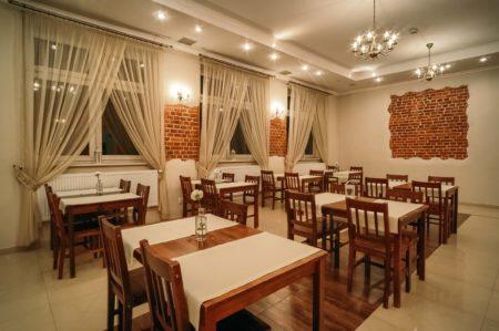 sala-bankietowa-nr2-450x299 Galeria - Dom Polonii i miasto Ostróda